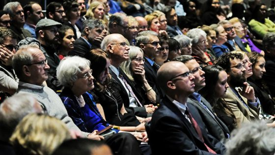 A near-capacity crowd in the Anheuser-Busch Theatre listens as Edward O. Wilson delivers his acceptance speech.