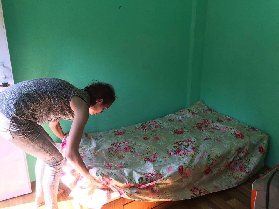 We hebben een eigen kamer voor Manju gevonden! Onder onze begeleiding, gaat Manju zelfstandig wonen en een prachtige toekomst te gemoed!
