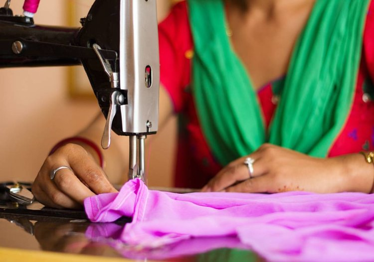 HATTI HATTI NEPAL - Our sponsors made it happen that 3 underprivileged women went to training and got a full time job at Hatti Hatti Nepal right now. More about Hatti Hatti training program.