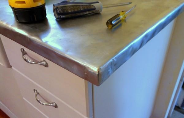zinc countertop corner (2)