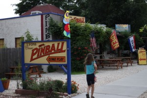 pinball gameroom lyons co