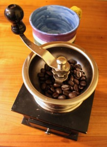 hand powered coffee grinder