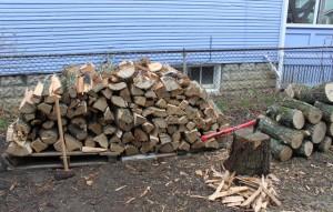 hand split wood pile