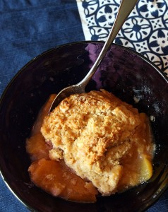 buttermilk biscuit peach cobbler recipe