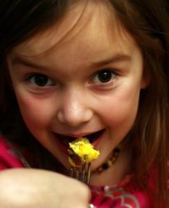 child eating lardo quiche