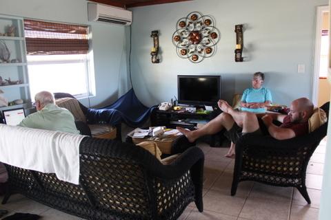 coconut cottage living room