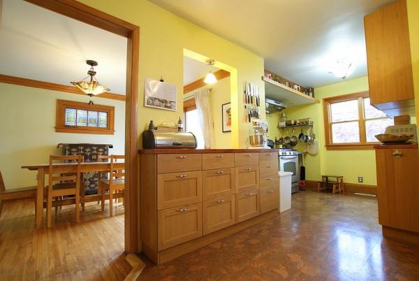 349 kitchen house for sale