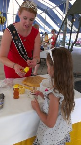 tasting honey with american honey queen