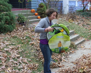 rachel with dsolv leaf bags