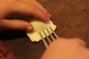 fork crimping buffalo wellingtons