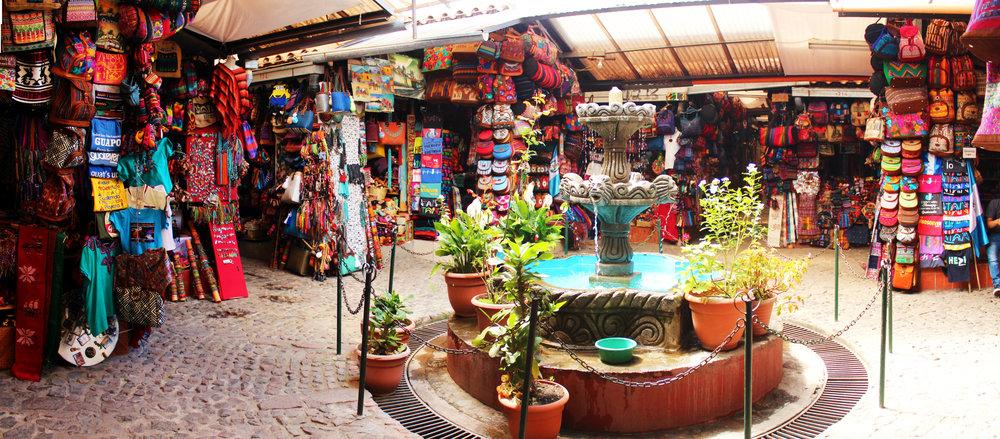 The heart of  el mercado de las artesanias