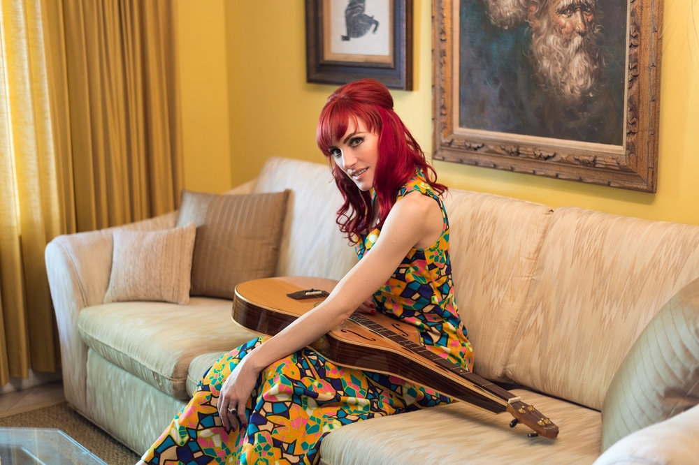 starr.retouch.couch.dulcimer.small.jpg