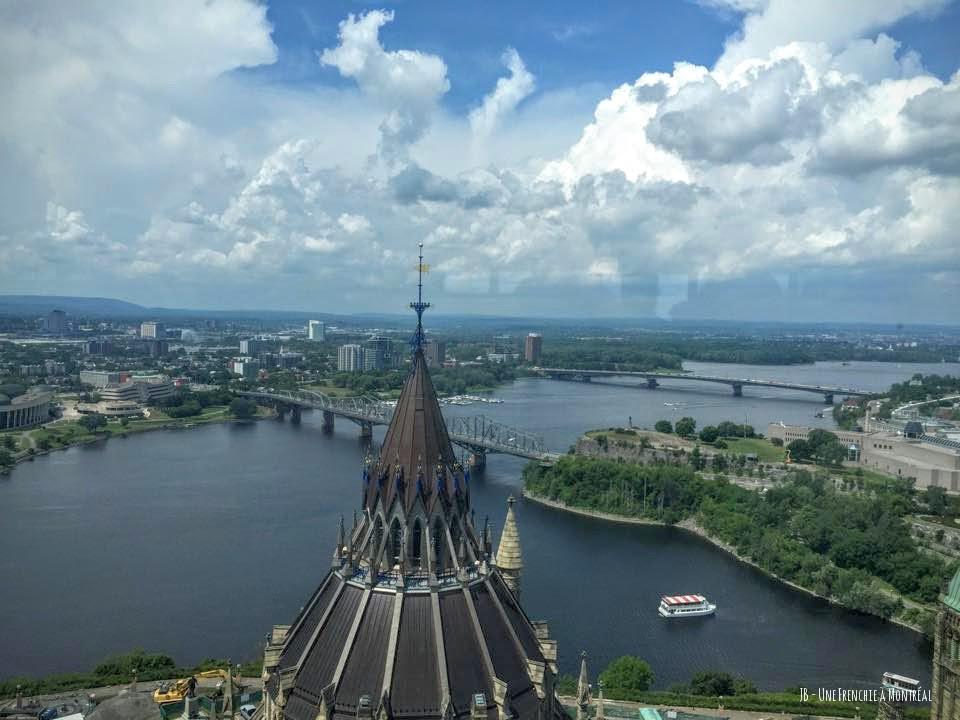 Vue sur le pont Alexandra