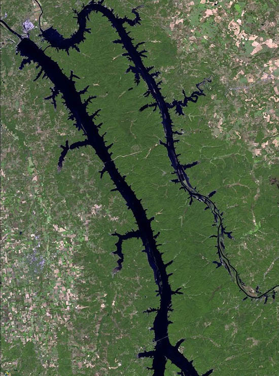 "This satellite view reveals how expansive the ""Twin Lakes"" truly are."