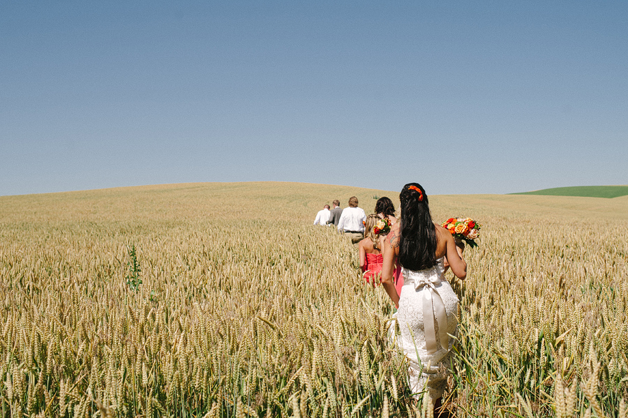 areus wedding wheat field walla walla keith+leah041.JPG
