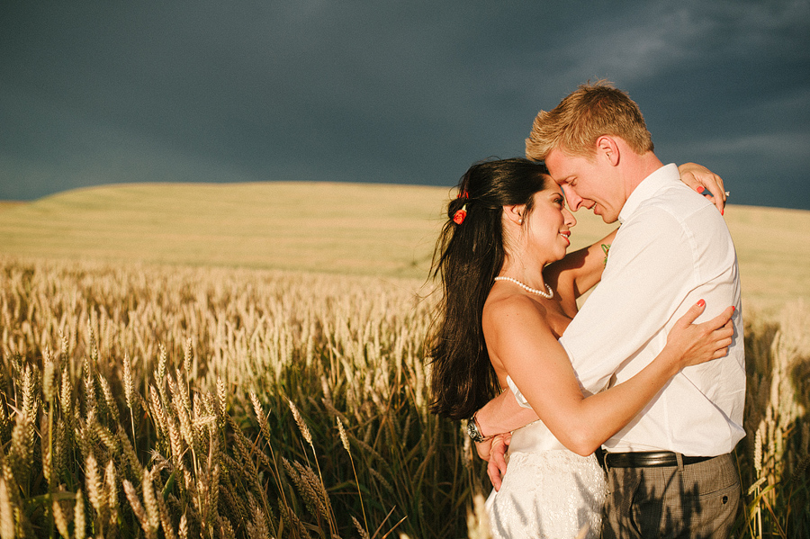 areus wedding wheat field walla walla keith+leah107.JPG