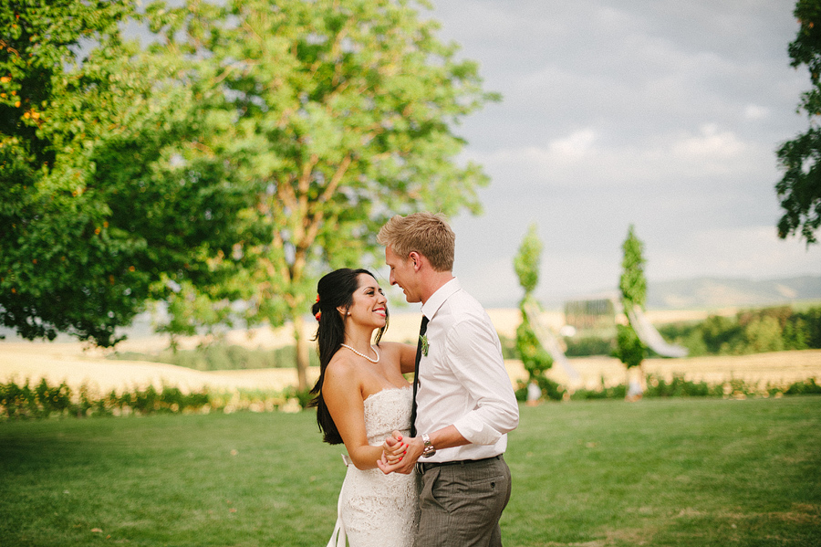 areus wedding wheat field walla walla keith+leah110.JPG