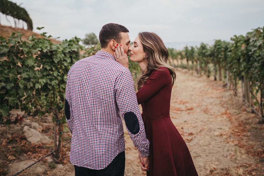 Walla Walla Engagement Photography Vineyard Basel Cellars 18.JPG