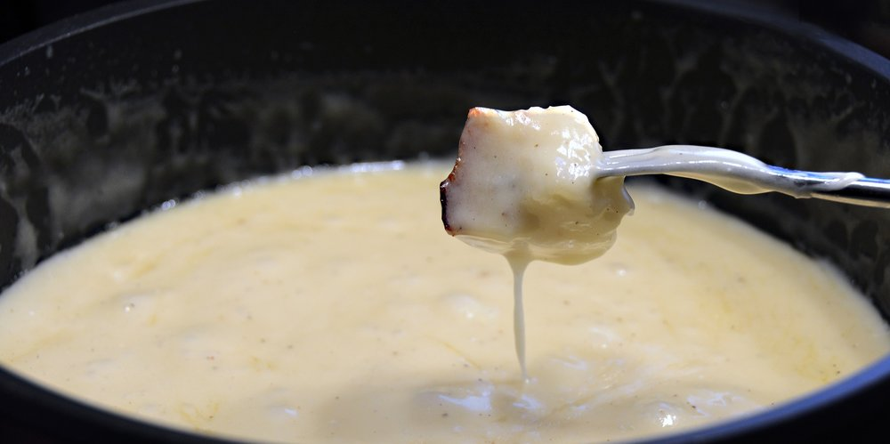 If you have a tradition of eating fondue for Thanksgiving, you might want to avoid it if you're intent on anal sex that night (even if it looks delicious)