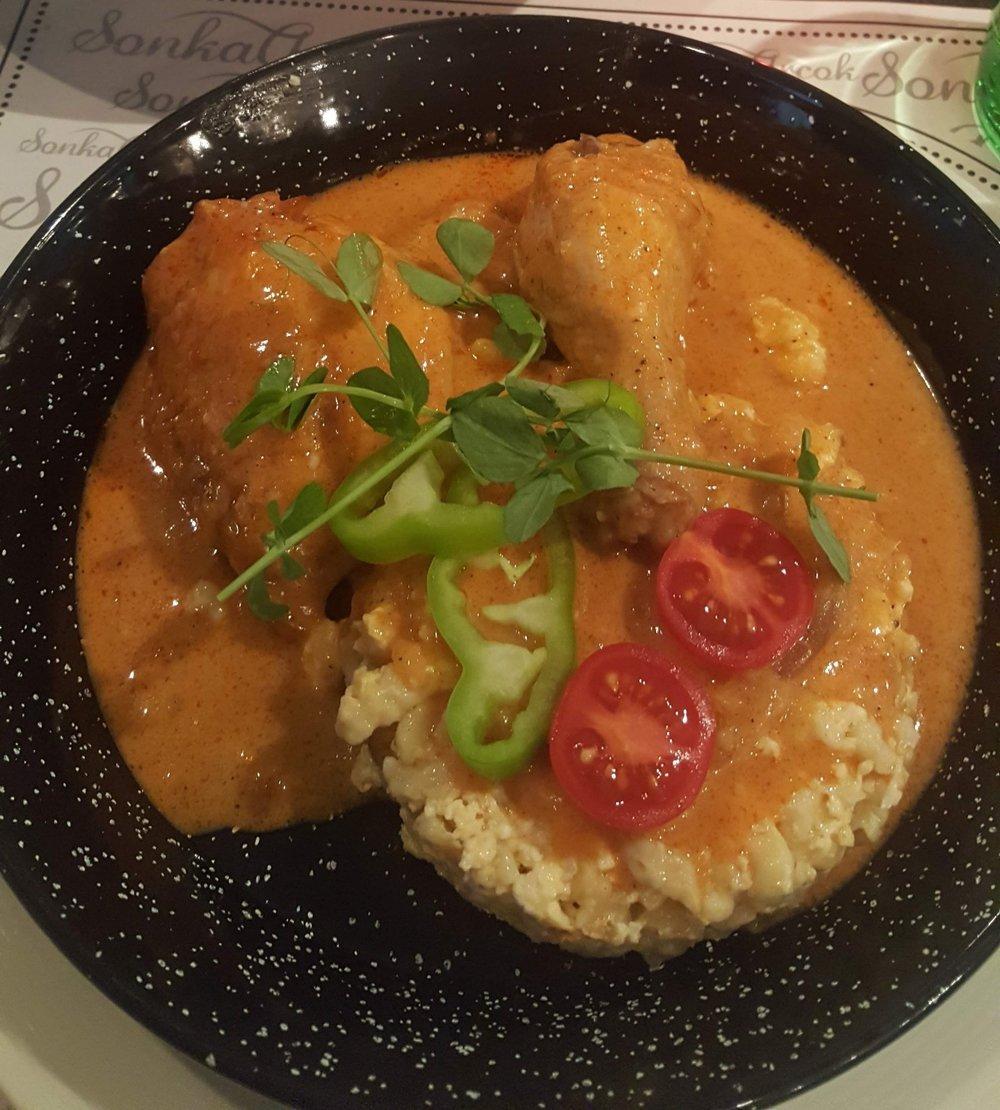 Pictured: Chicken paprikash with nokedli .  Photographer: Ruxandra Chitac.
