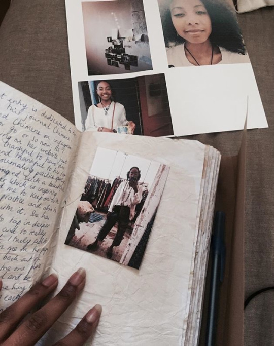 Notes in Chelsea's Vagabroad journal.