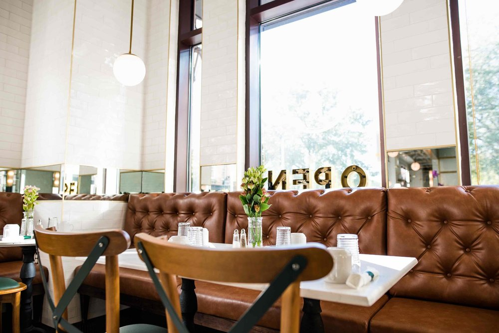 The Dining Room of Little Duck Diner is a particularly luscious environment for enjoying a psh nosh. @littleduckdiner