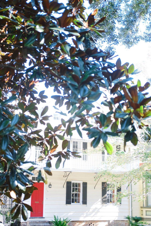 Savannah-white-house-red-door.jpg