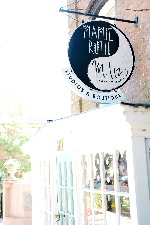 Outside at Mamie Ruth Boutique in Savannah GA