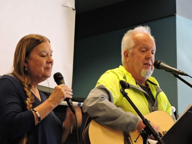 Linda and John Piippo leading worship.jpg