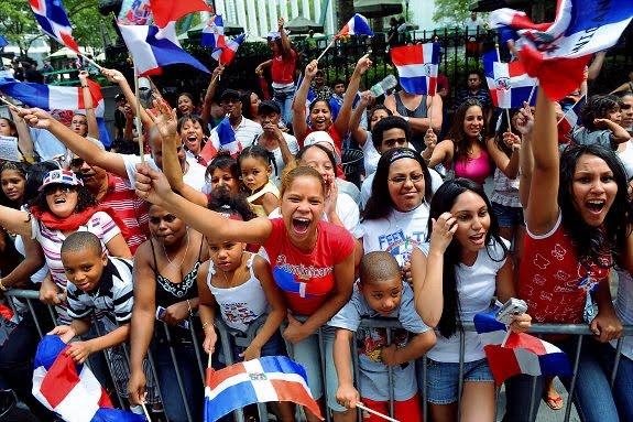 gal_dominican-parade_8.jpg