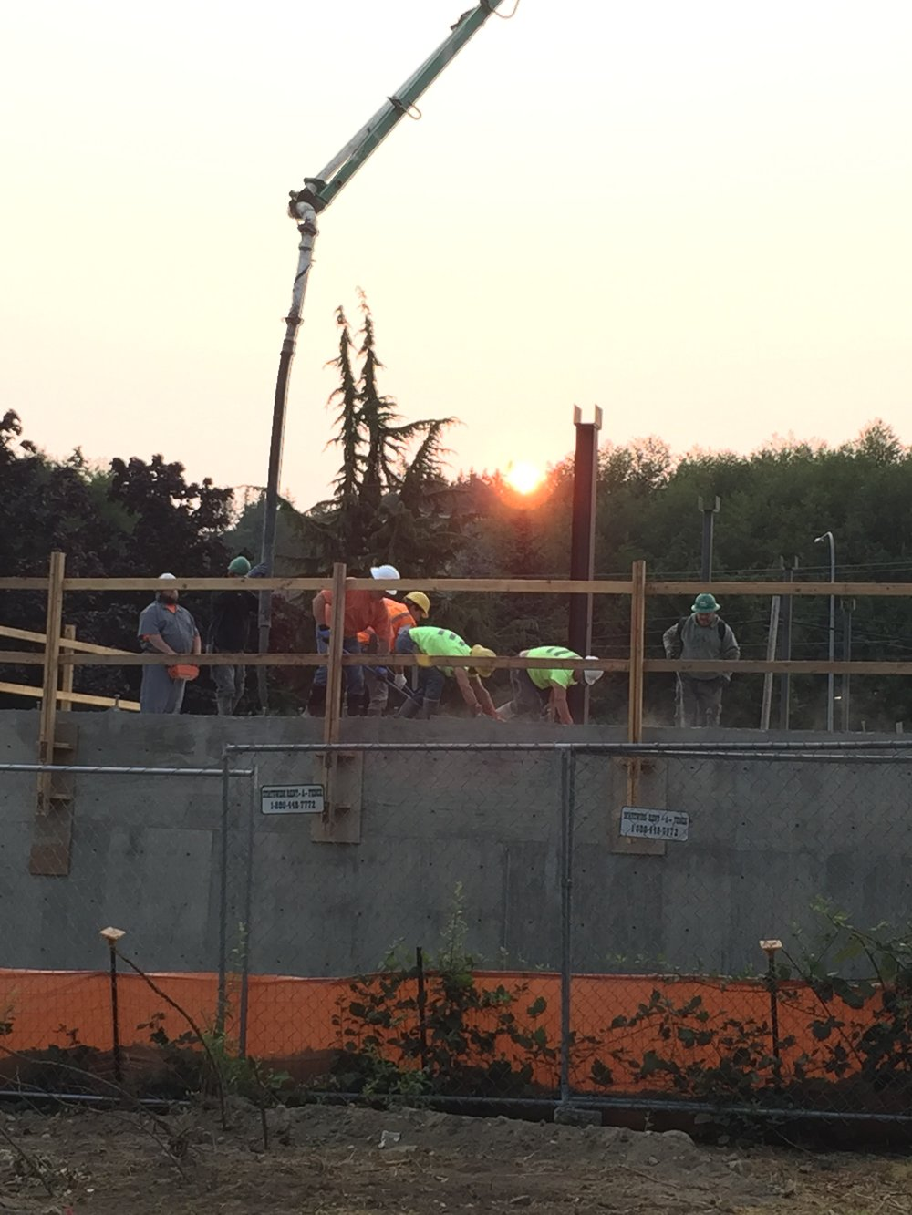 Early morning concrete pour_16-330.JPG