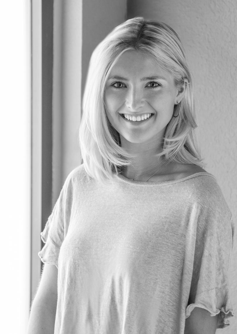 Jennie Gault     Account Executive