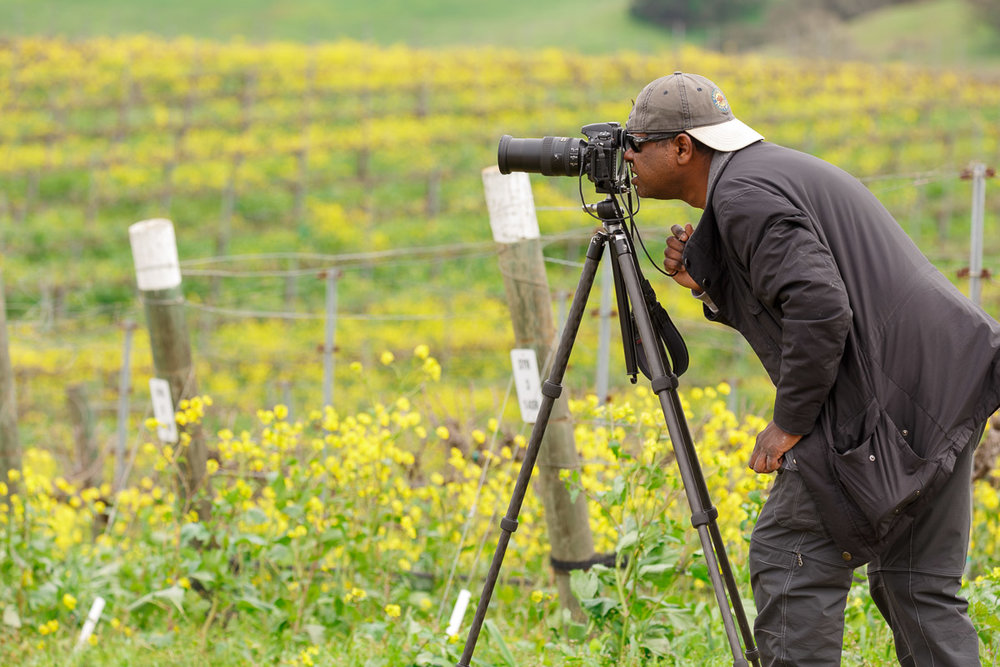 Now, that's a photographer!