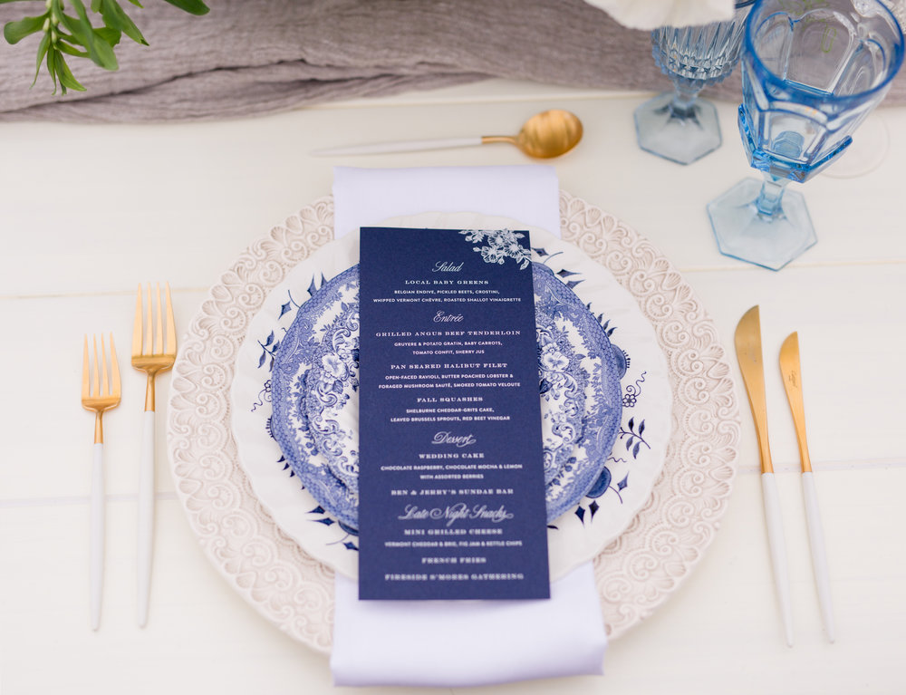 navy-white-wedding-menu-custom-design-invitation-placesetting-castle-hill-wedding-newport-ri-champagne-and-ink-sarah-pudlo-photography.jpg