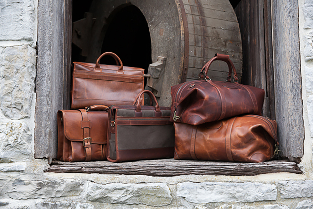 We offer a wide selection of beautiful leather baggage