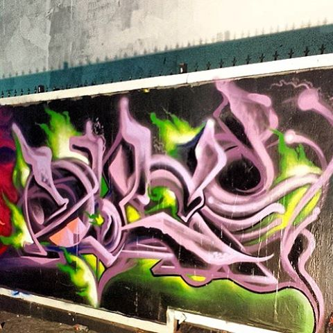 Night time shot!  #graffiti#art#spraypaint#duce#freestyle#painting#style#painting#paint#mural#letters#fonts#ducer#gawcrew#drawing #drawings
