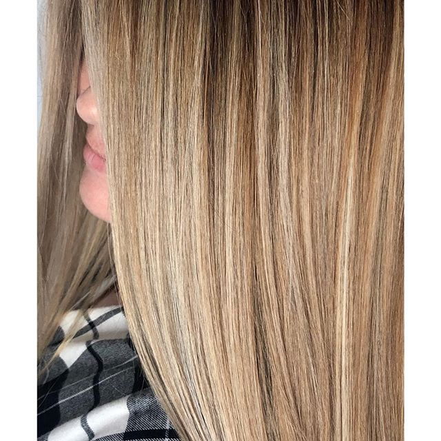 There is no greater gift than a beautiful, fresh, hair color 🎁😍🔥 #alchemythesalonct