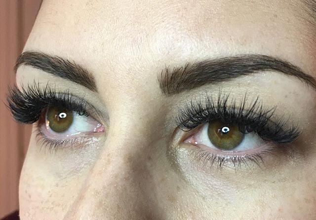 Mega Volume!!! You want it, we've got it!!! 🖤💥🖤💥🖤 Volume, mega volume and hybrid sets now going off in the lash lab!!! #lashlove 🖤  #megavolume #volumelashes #russianvolume #hybridlashes . #shoplocal #bendoregon #centraloregon #lashes #lashnap  #lashextensions #inbendoregon #lashsalon #lashpro #eyelash #eyelashes #eyelashextensions #novalash #bendsalon #bendbridalguide #centraloregonwedding #centraloregonlove #lashlift #lashtint #sugarlashpro #curlperfectlashlift #centraloregonlashes #centraloregonsalon