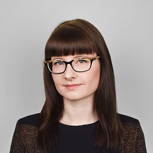Julia Fowler along with her husband are Australian expats living in London who have revolutionised apparel data analysis in the fashion industry forever. They run the world's first and largest apparel data warehouse, analysing around 50 million SKUs (stock-keeping units) every day.