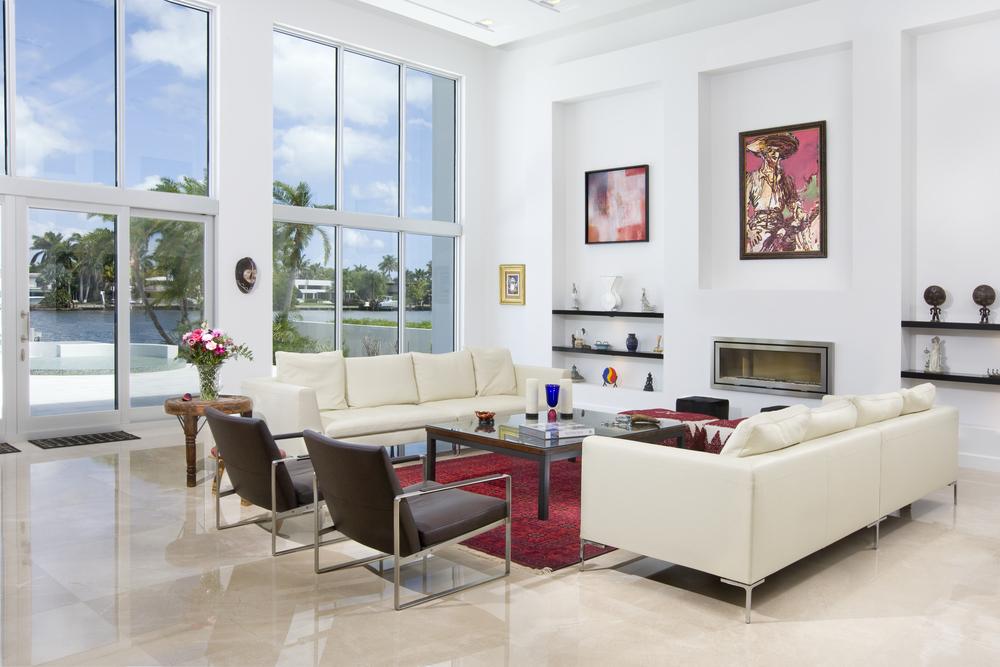 LivingRoom_40Z1191.brownchairs.jpg