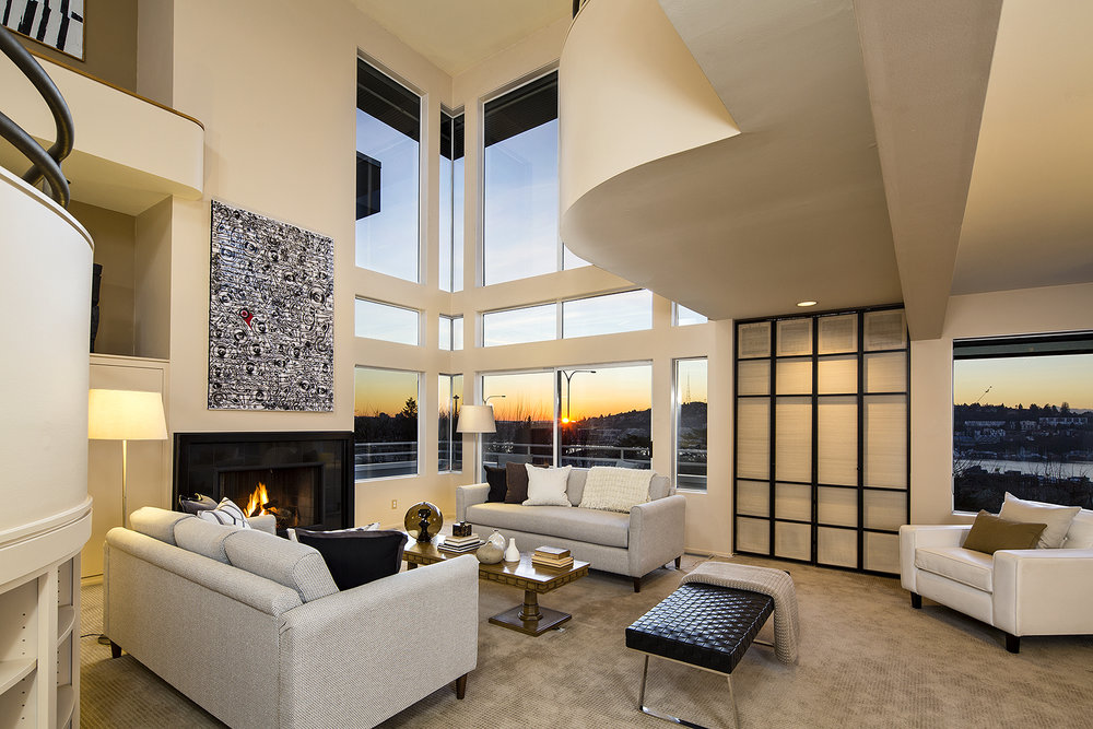 Contemporary Style with luxe views LIST PRICE: $1,395,000 • Capitol Hill