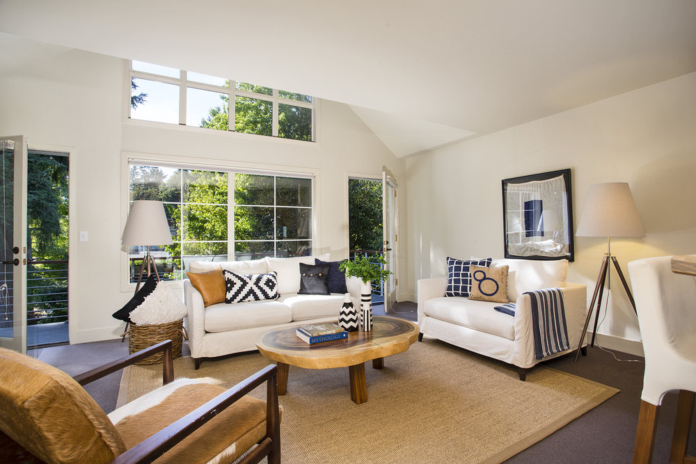 Bright & Airy in Madison Park LIST PRICE: $1,298,000 • madison park