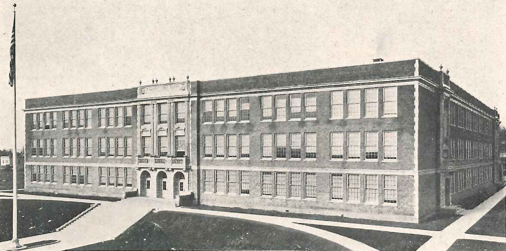 Roosevelt High School, 1920s