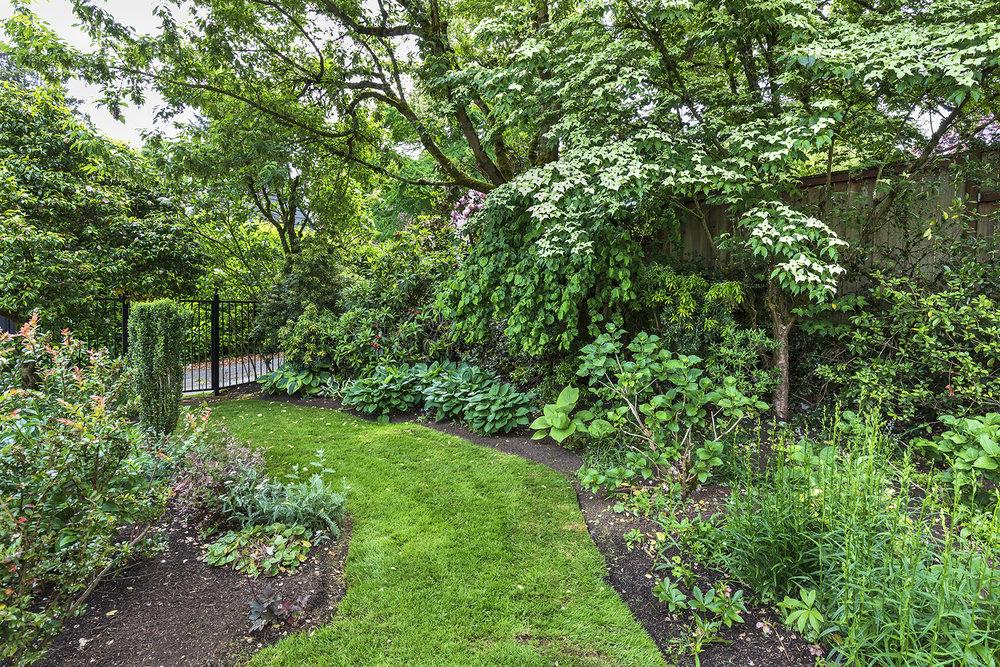 Gardens-5-med.jpg