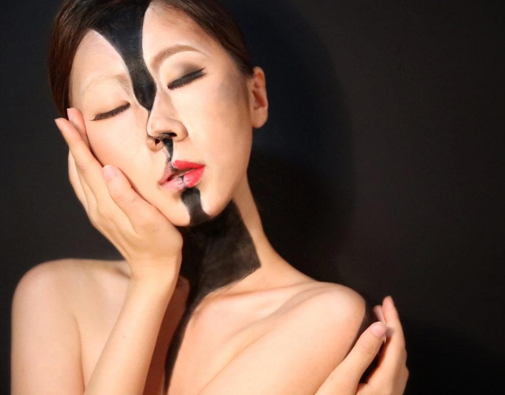 kiss-1.jpg