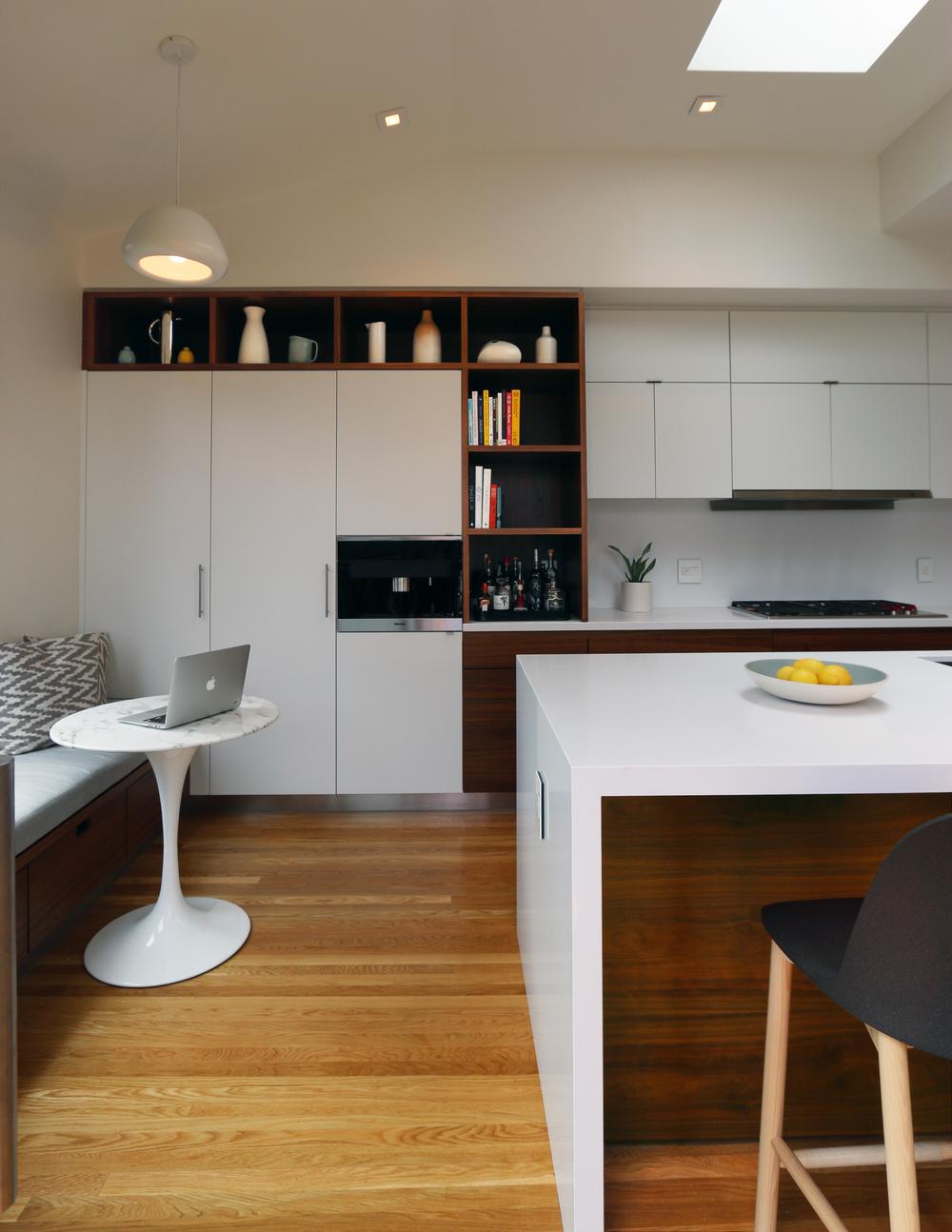 eta_kitchen.jpg