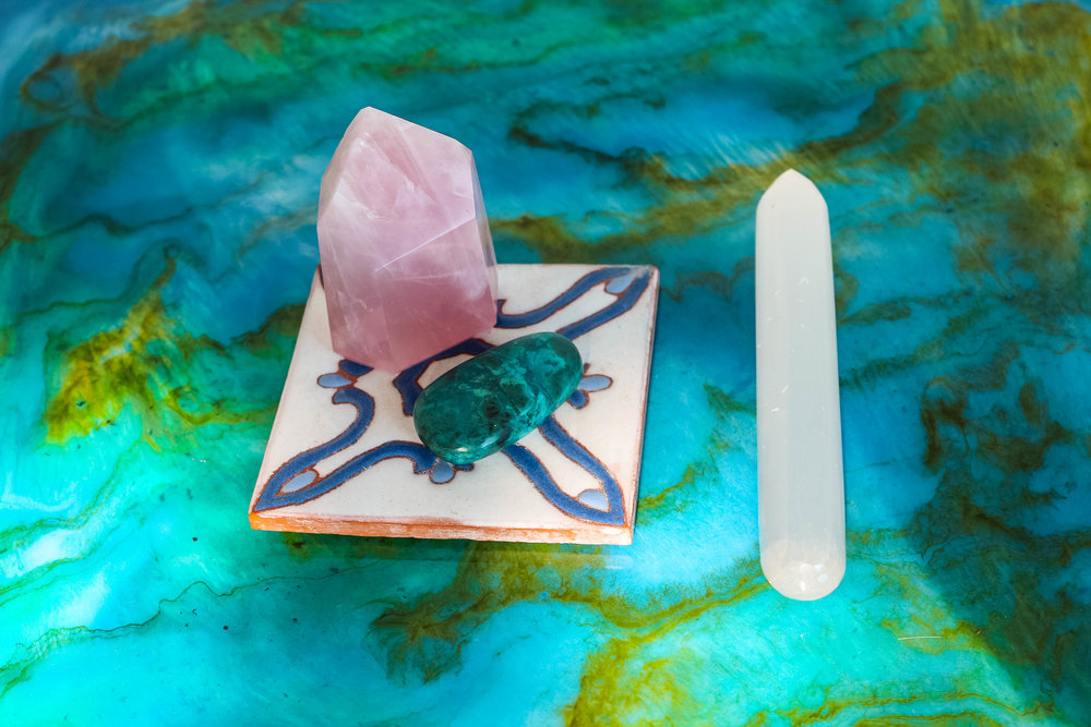 Welcome to the aqua-luminescent magic of resin art