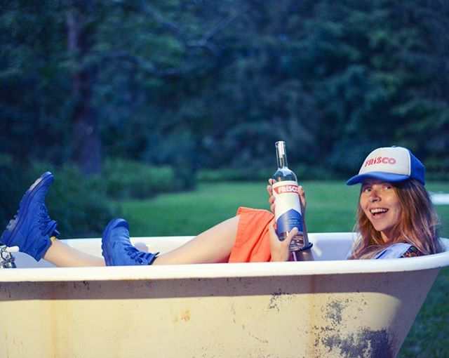 This is a pretty great shot. @thelilykoppel . Photo by @caseykelbaugh . #friscofriends #brandy #friscobrandy #monday #hottubtimemachine #happy #truckerhats