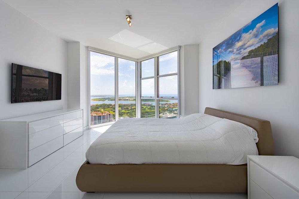 Portofino_Tower_Penthouse-30.0.jpg