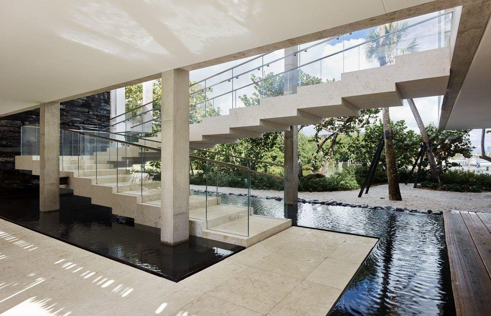 Casa Bahia Coconut Grove